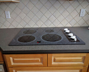 """GE Profile 30"""" Built-In Electric Cooktop"""
