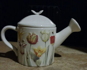 Decorative Tea pot Oakville / Halton Region Toronto (GTA) image 1