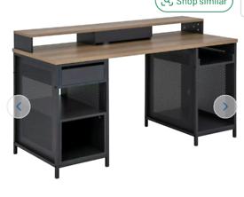 Brand new oak & black gaming desk
