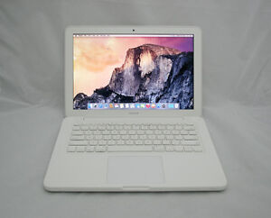 SELLING WHITE MACBOOK 13-inch (Late 2009) - GREAT CONDITION!