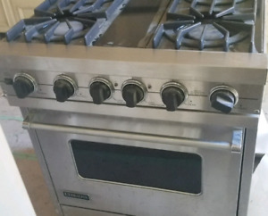 Gas and Electric Stove in Excellent condition