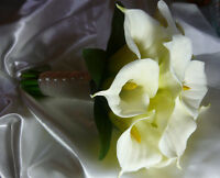 Beautiful White & Ivory Calla Lily Wedding Bouquet Flowers Set