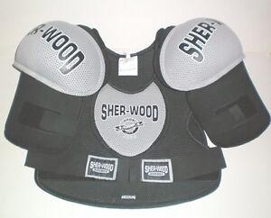 Sherwood 5000 Senior Medium Hockey Shoulder Pads London Ontario image 1