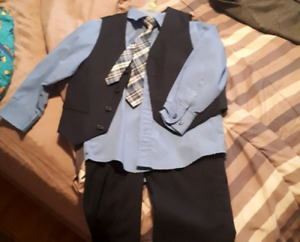 Boys dress clothes sz 5