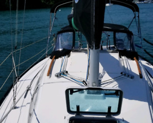 Sailboat Mirage 29