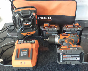 Ridgid 2 speed Drill/Driver, Radio, 3 Batteries & Charger