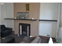 1 Bedroom Fully Furnished Basement Flat in BD8 AVAILABLE IMMEDIATELY
