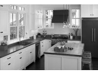 High Gloss White Kitchen Units, Gas Oven, Gas Hob, Stainless Sink/Drainer, Extractor Unit..