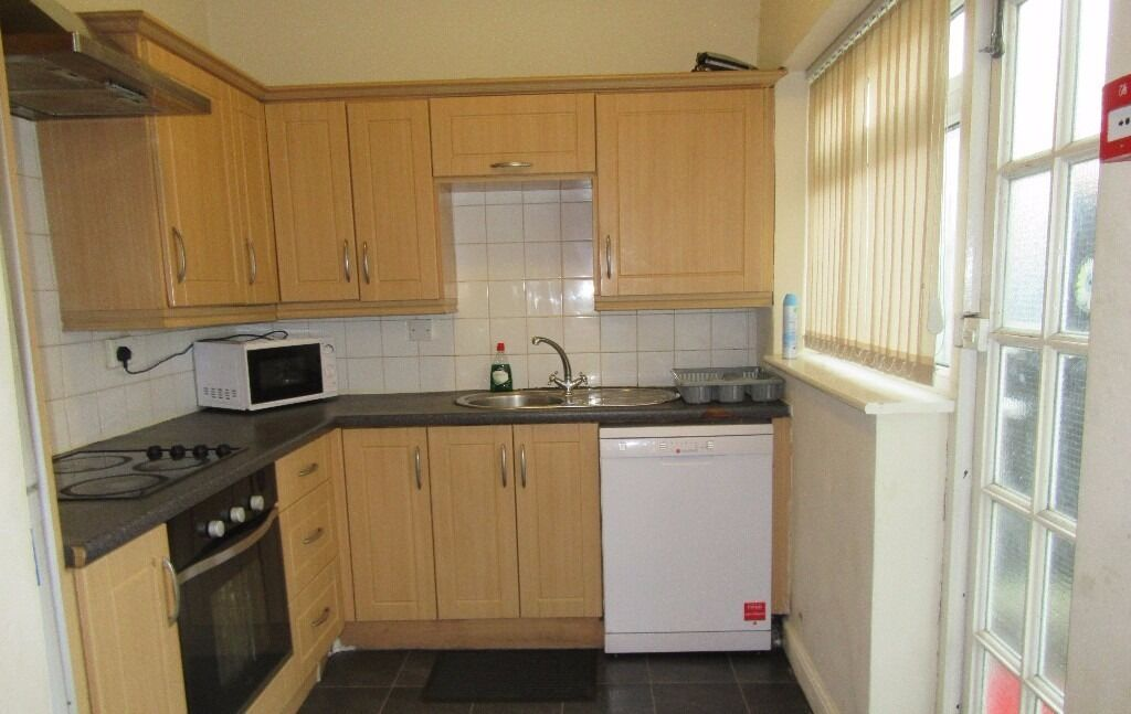 NOW LET - 5 DOUBLE Bed House Rippingham Rd Withington 5 x £314.16pcm FREE INTERNET TV & LICENCE!