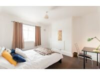 Double room, Paddington, Little Venice,Central London, Hyde Park, Regents Park, all bills included,