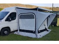 Thule Quickfit awning tent 2.6m long, medium height