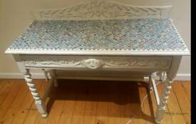 Beautiful upstyled hall table
