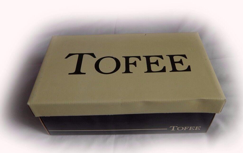 Tofee Slippers black