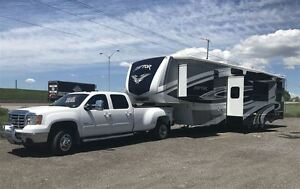 2010 GMC Sierra 3500HD TRUCK & RAPTOR TRAILER PKG