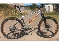 Giant Fathom 1 Mountain Bike