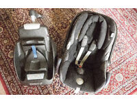 MAXI-COSI CabrioFix seat with EasyFix Base. used in great condition.