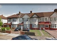 Large 3 Bedroom House, Driveway + Garden, Palmers Green N13