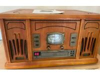Vintage style Music M8 turntable stereo system