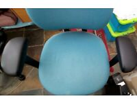 Office chair --Swivel with arm rest in turquoise