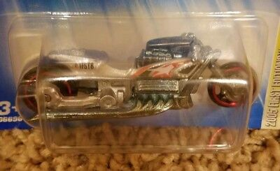 New! Hot Wheels Silver Airy 8 Motorcycle - 2005 First Editions 4 of 20 - #G6696