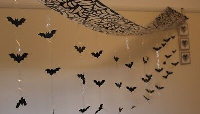 - 3M HALLOWEEN HANGING BATS CEILING HANG BATS WALL DECORATION SCARY GUESTS V30 619
