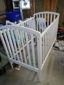Crib & Changing table for sale in great condition.