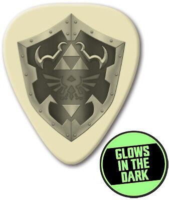 The Legend Of Zelda Link Hylian Shield Glow In The Dark Promo Guitar Pick Pic