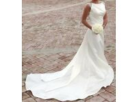 Preloved stunning ivory wedding dress
