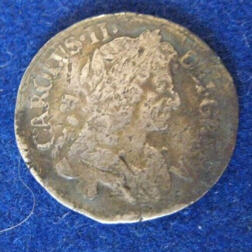 1679 Great Britain 4 Pence Silver Coin Bent Circulated filler  KM 434