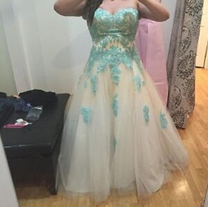 Beautiful Grad Dress for Sale