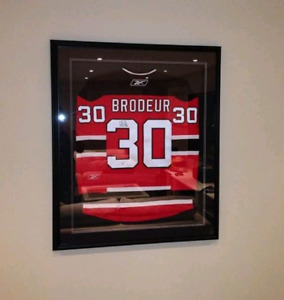 Martin Brodeur Signed Jersey and frame