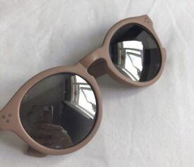Dusty rose/ pink sunglasses