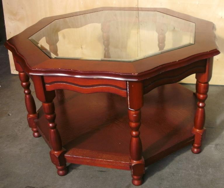 Octagonal glass top coffee table in aberdare rhondda for Octagon glass top coffee table