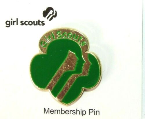 "GIRL SCOUTS Membership Pin (Item #09014) 1"" Green/Gold >NEW<"