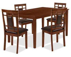 5 Piece Dining Table Set Walnut New Condition