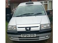 Peugeot expert taxi silver 1.9. 7 seater