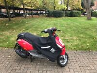 VESPA PIAGGIO ZIP 100 4T the best scooter for London