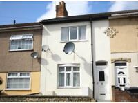 3 bedroom terraced house / Single room to rent - Excellent location and newly redecorated