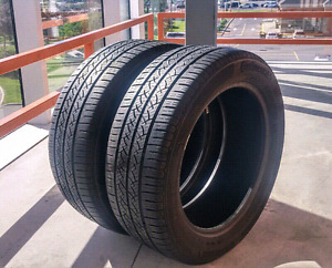 Set of two 215/55/17 Continental Contiprocontact all season tire