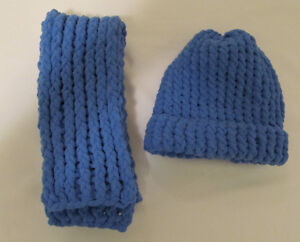 CHRISTMAS HOLIDAY SALE - KNITTED HATS AND SCARVES Windsor Region Ontario image 5