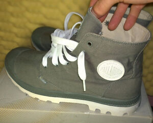 Palladium Blanc Hi Boots - (Metal / White) US size 10.5 Kitchener / Waterloo Kitchener Area image 3