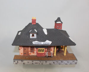 Silent Bidders ONLINE Auction for Dickens Christmas Villages