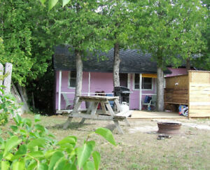 SAUBLE BEACH - 2 Bedroom Cottages - Across Road from Beach