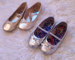 Girl's ballerina flat shoes in both gold and silver glitter!!!