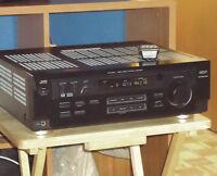 PUISSANT AMPLI CINÉMA MAISON JVC RX-6020