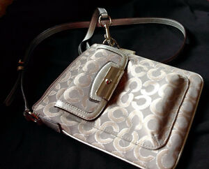 Guaranteed Authentic COACH 'Op Art' Signature Messenger/XBody