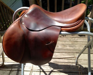 Childeric saddle 17m... excellent condition