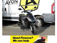 Piaggio Zip 50 2T - Used 2015 model, less than 110km on the clock - Black