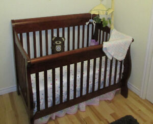 Bily Wooden Crib and Dresser