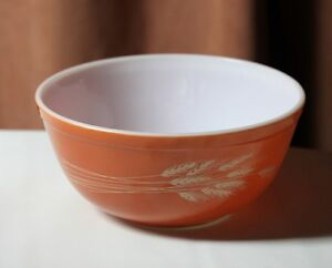 Pyrex Autumn Harvest Cinderella Large Mixing Bowl #403 2.5lt. Vt